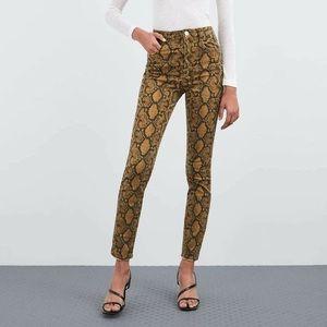 NEW ZARA High Rise Skinny Snakeskin Python Jeans
